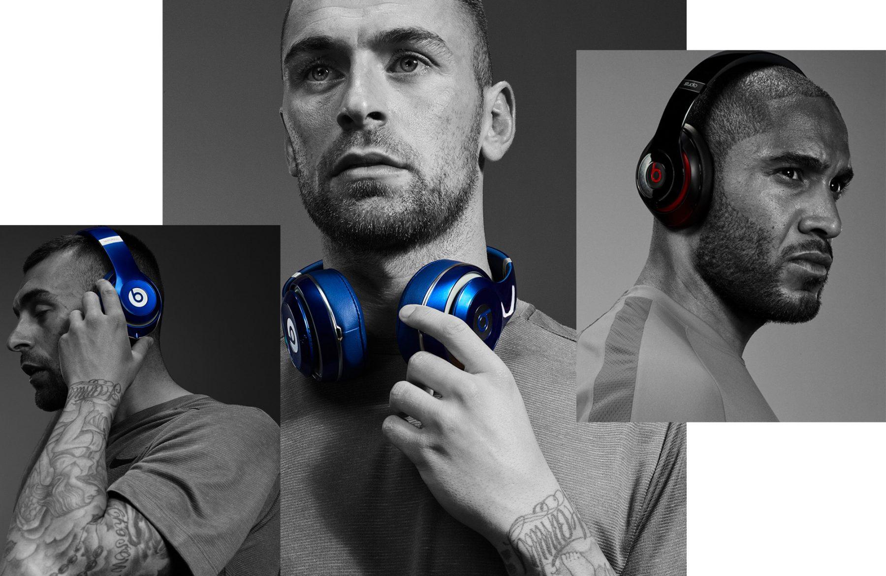 Dre Beats Footballers